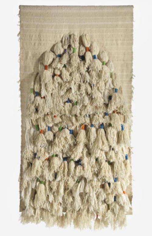 Sheila Hicks  Gebetsteppich, 1972, Wolle, 250 x 125 cm  © mit Genehmigung der Künstlerin und Demisch Danant